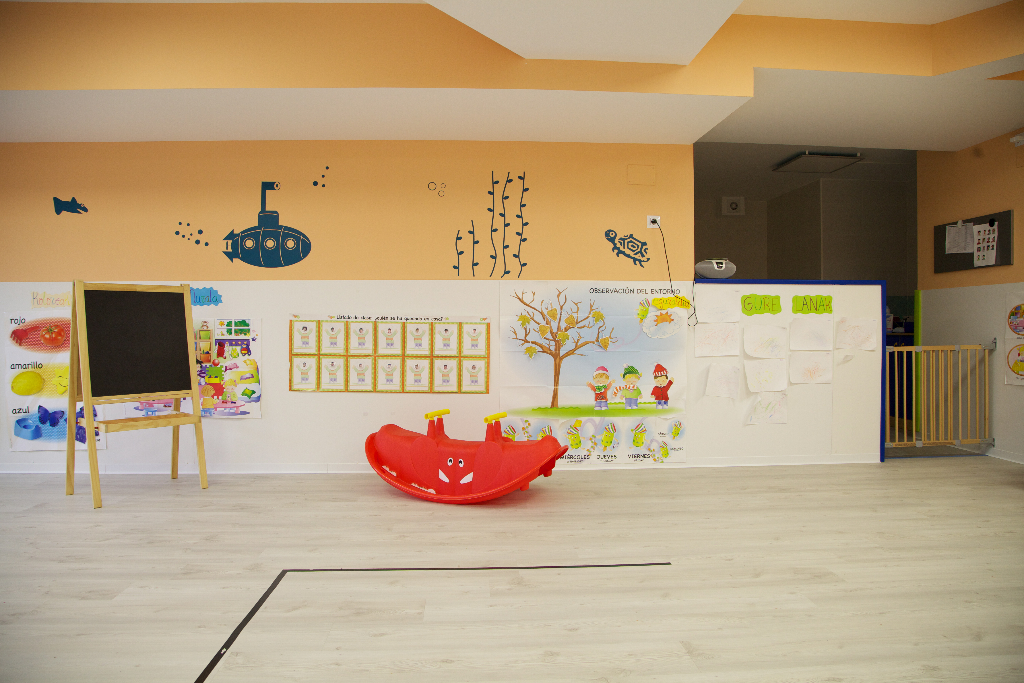 detalle juguetes aula guardería txanogorritxu barakaldo