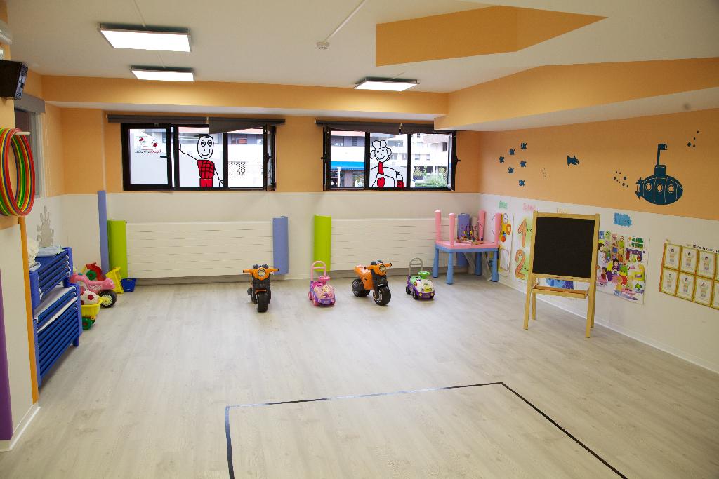 interior aula guardería txanogorritxu barakaldo