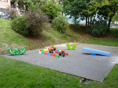 parque infantil guardería txanogorritxu mungia